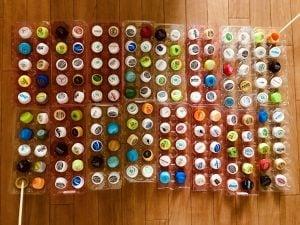 【高齢者(在宅介護)レクリエーション】ペットボトルキャップと卵のパックと割り箸を使って『160個たこ焼きゲーム』に挑戦してみた