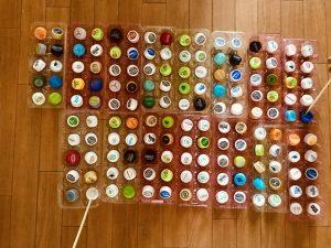 【高齢者(在宅介護)レクリエーション】ペットボトルキャップと卵のパックと割り箸を使って『150個たこ焼きゲーム』