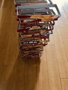 【高齢者(在宅介護)レクリエーション】ナビスコリッツの空き箱を使って『60個積み上げゲーム』