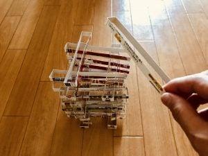 【高齢者(在宅介護)レクリエーション】レトルトカレーの空き箱を使って『30個積み上げゲーム』